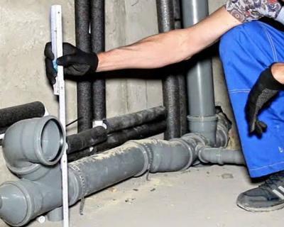 Трубы для канализации, доставк и монтаж под ключ для загородного дома в Подмосковье